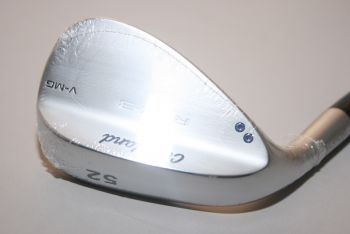 Cleveland RTX 3 V-MG Tour Satin (Stiff, Stahl, Linkshand, 10°Bounce, NEU) 52° Gap Wedge