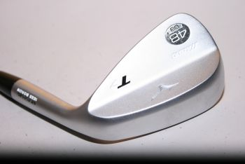 Mizuno T7 (Stiff, Stahl, NEU, 8° Bounce) 48° Pitching Wedge